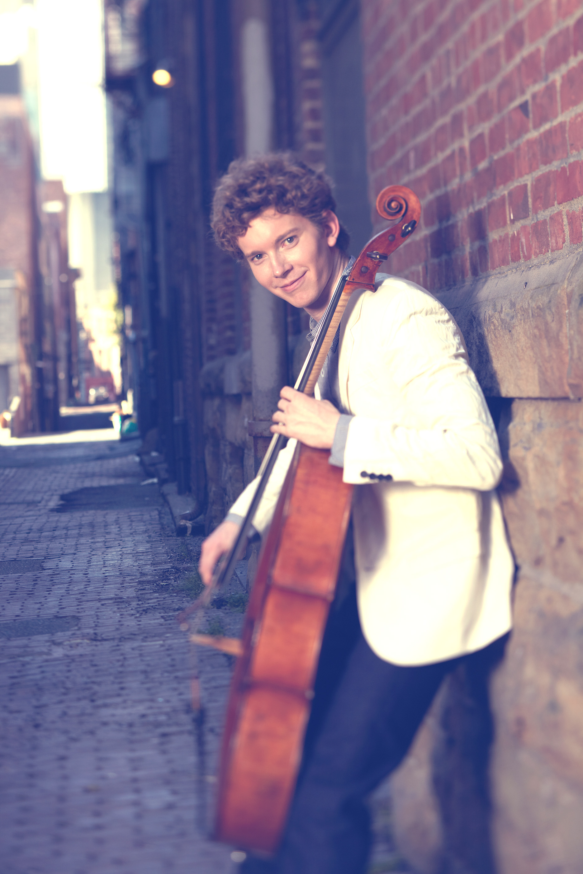 bachs unaccompanied suites for cello Bach's six suites for unaccompanied cello date from about 1720, when the composer was serving as kapellmeister at the court of anhalt-cöthen,.