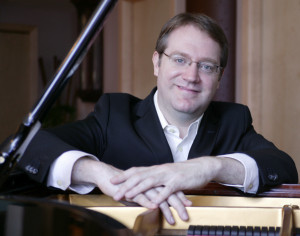 Pianist Matthew McCright